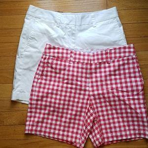 2 pairs Lands End shorts 2p